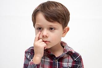 子どもの視力低下